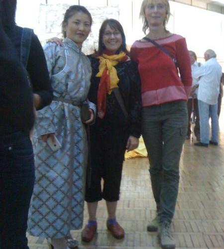 Tall, Karin; Short, Nicole; Medium, Dolgor