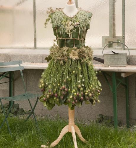 Oat dress