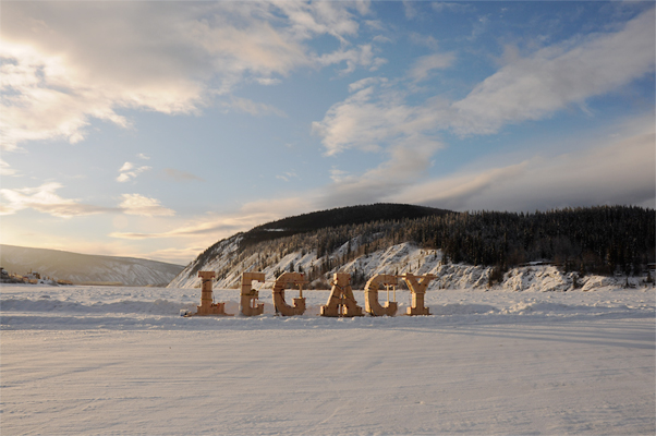 Legacy, onsite - The plywood forms are installed on site on the frozen river.